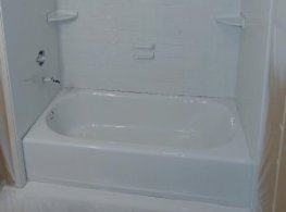 After picture of Round Lake Beach tub refinishing